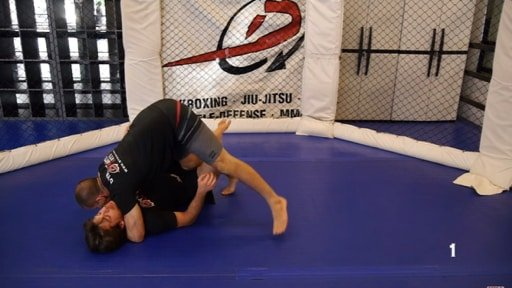 Tripod Half Guard Pass